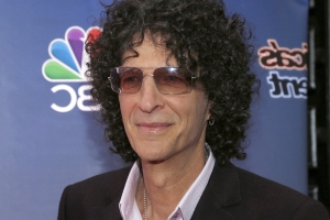Howard Stern Proposes to His Wife Beth Stern on 'Jimmy Kimmel Live!'