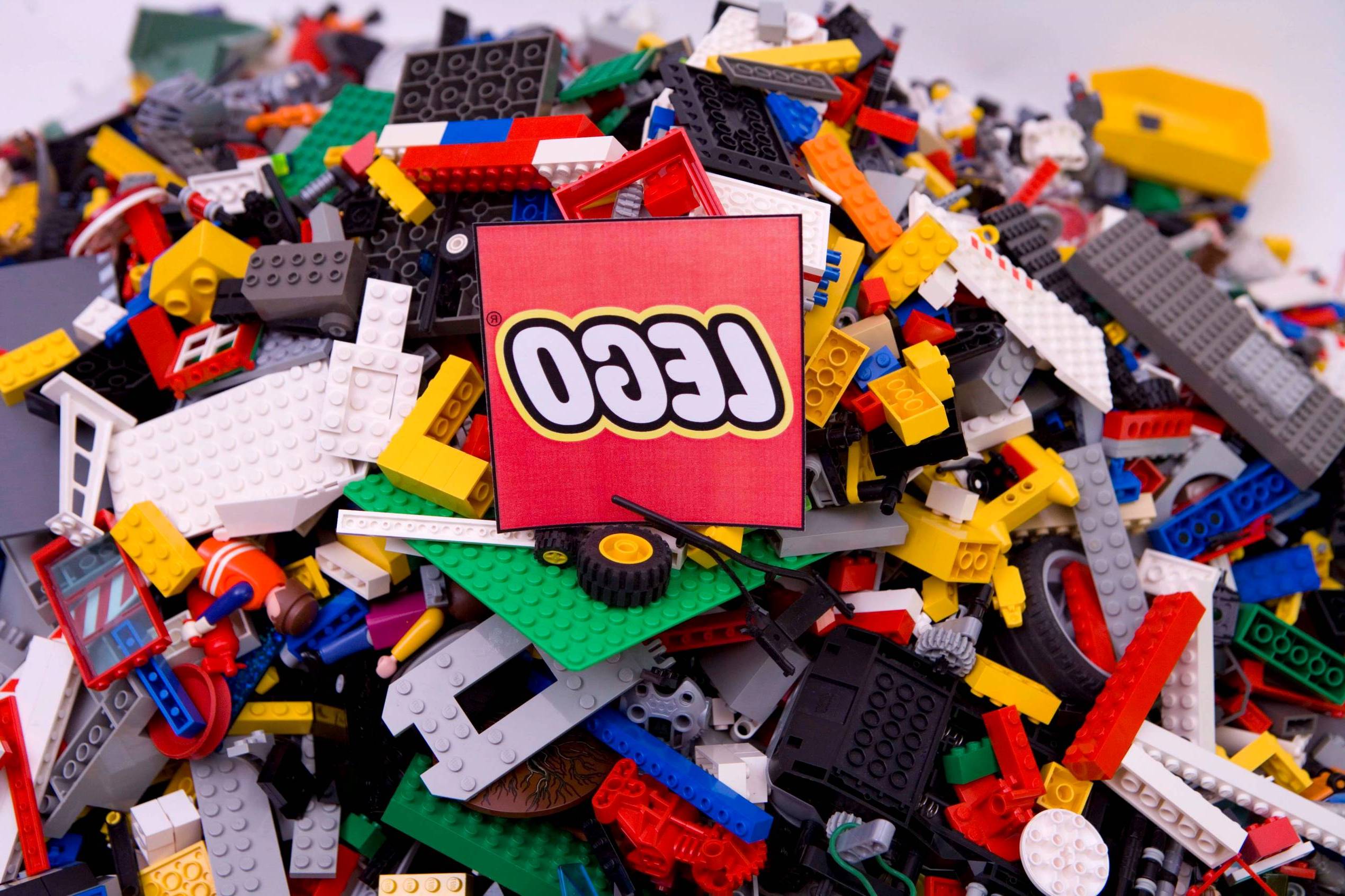 20% off LEGO! Myer's big toy sale is on now.