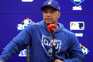 Report: Roberts will manage Dodgers in 2020