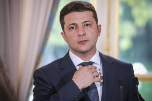 Ukraine's Zelensky 'breaks record' for world's longest press conference