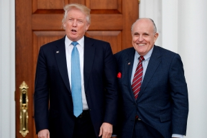Trump defends Giuliani in tweet after report on federal probe