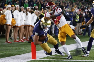 No. 9 Notre Dame rides Jones' 176 yards to 30-27 win over USC