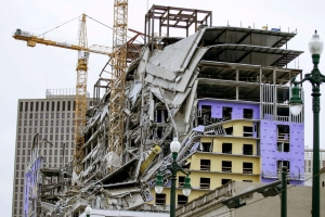 Mayor vows 'relentless' investigation in deadly Hard Rock Hotel collapse