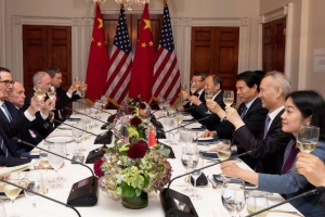 The photo that reveals who got the better of the US-China trade truce