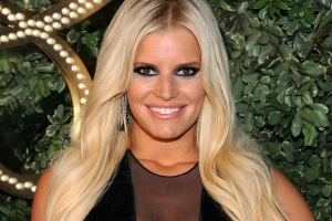 Jessica Simpson's Trainer Says She Wouldn't Have Lost As Much Weight If She'd Been Drinking