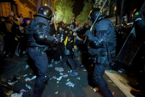 Spain police arrest 51 people during Catalan protests