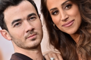 Kevin Jonas Gets Tattoo Dedicated to Wife Danielle -- See the New Ink!