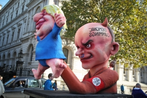 'Demonic Cummings': People's Vote effigy takes aim at Johnson 'puppet master'