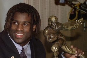 Ricky Williams' Heisman sells for auction-record $504,000