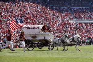 Oklahoma issues statement on Sooner Schooner tip-over