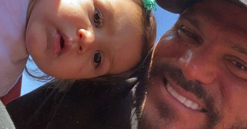 a close up of a man with his mouth open: Jersey Shore Star Ronnie Ortiz-Magro Takes Daughter Ariana to Pumpkin Patch After Arrest