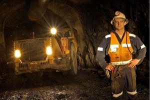 Kalgoorlie mine workers evacuated from Frog's Leg mine after more than 100 seismic events in one day