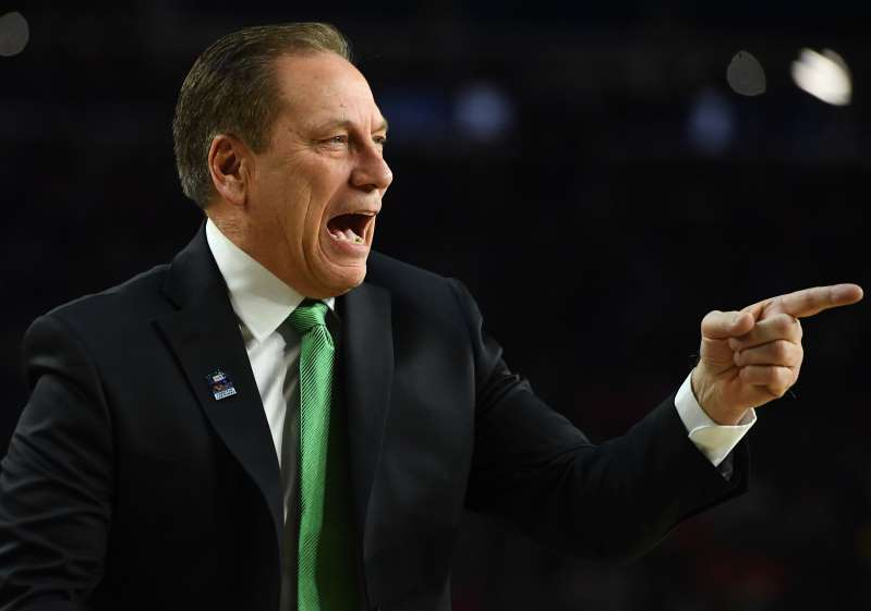 MINNEAPOLIS, MN - Michigan State head coach Tom Izzo shouts instructions for his players in the first half of a semifinal game of the NCAA Final Four men's basketball tournament at U.S. Bank Stadium in Minneapolis on Saturday, April 6. 2019.  (John Autey / MediaNews Group / St. Paul Pioneer Press via Getty Images)