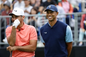 Tiger Woods starts slow as Jason Day runs away with Japan Skins title with $210K