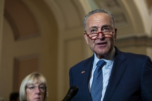 Trump might expose whistleblower, Schumer tells Intel officials