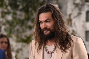 Jason Momoa Teases 'Way Bigger' 'Aquaman' Sequel (Exclusive)