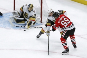Fleury helps Golden Knights beat Blackhawks 2-1 in shootout