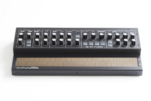 Dubreq's touch-powered Stylophone Gen R-8 synthesizer is available now