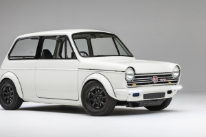 1972 Honda N600 with a motorcycle engine will join Honda's SEMA display