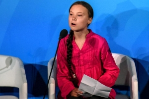 Greta Thunberg asks for help to get to COP25 climate summit in Spain