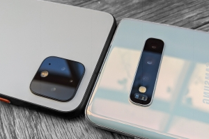 There are 6 key reasons you should buy Google's new Pixel 4 over the Samsung Galaxy S10
