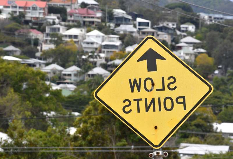 Western Australia will trial multilingual road signs on some tourist routes in a bid to boost safety for international travellers.