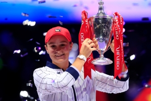 Ash Barty wins WTA Finals over Elina Svitolina to claim biggest prize packet in tennis history