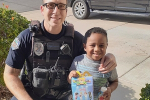 5-Year-Old Boy Really Wanted a McDonald's Happy Meal — So He Called 911