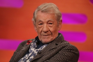 Ian McKellen Defends Controversial 'Cats' CGI: It's Not About Actors 'Being Convincing as Cats'