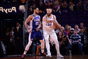 Baynes sinks Simmons' 76ers in NBA