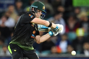 Cricket-Smith fires Australia to victory over Pakistan in Canberra