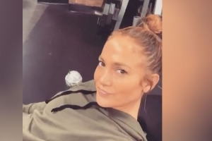 At 50, Jennifer Lopez Tones Her Butt And Thighs By Doing 270-Pound Leg Presses