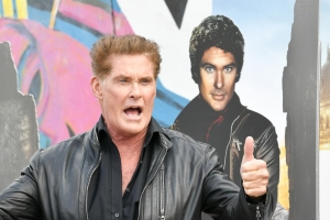 David Hasselhoff übernimmt Rolle in Dolly-Parton-Musical