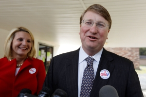 The Latest: GOP's Reeves wins Mississippi governor's race