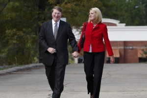 Trump congratulates Mississippi's Reeves on election night win
