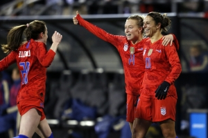 Captain Lloyd leads USWNT to win in Andonovski's debut