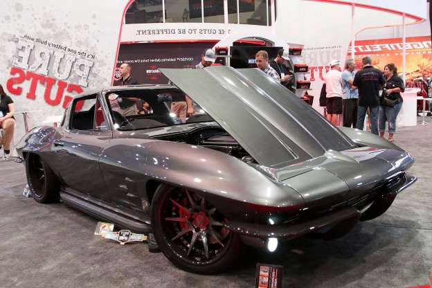 Slide 91 of 649: 541-corvette-sema-2019-c8-c8r-photo-gallery.jpg