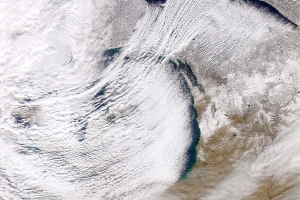 How the Great Lakes contribute to dangerous wintry weather