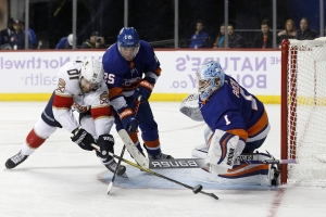 Islanders beat Panthers 2-1 for 11th win in 12 games
