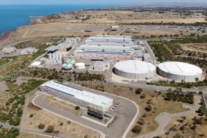 Relief for drought-stricken farmers as SA desal plant opens