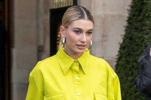 Hailey Bieber Sends Aunt Hilaria Baldwin Love After Her Second Miscarriage