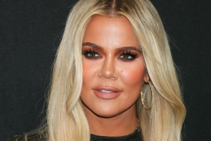 This is what it's like to work with Khloe Kardashian on her jeans company