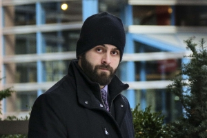 Toronto cop takes stand in assault trial, admits causing victim's eye injury