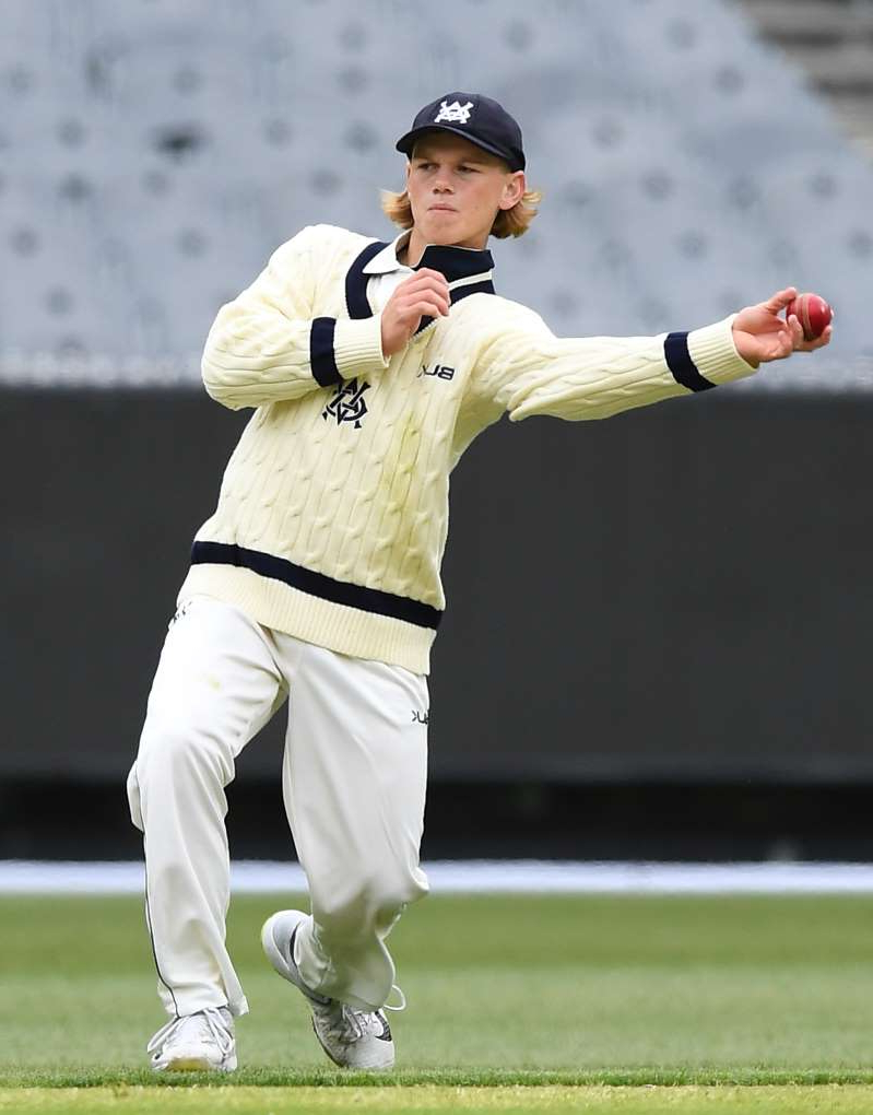 MELBOURNE, AUSTRALIA - NOVEMBER 12:  Jake Fraser-McGurk of Victoria fields during Day 1 of the Sheffield Shield between Victoria and the Queensland Bulls at Melbourne Cricket Ground on November 12, 2019 in Melbourne, Australia. (Photo by Quinn Rooney/Getty Images)