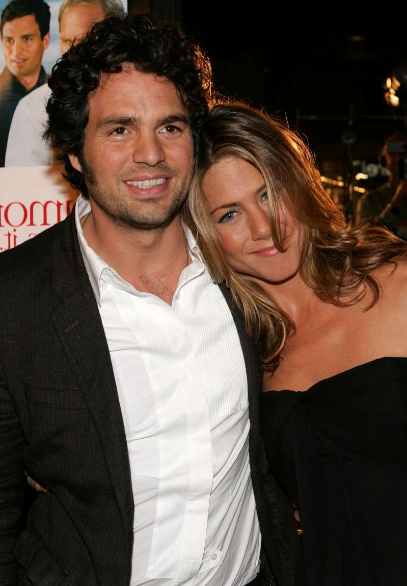 Actors Jennifer Aniston and Mark Ruffalo arrive at the premiere of
