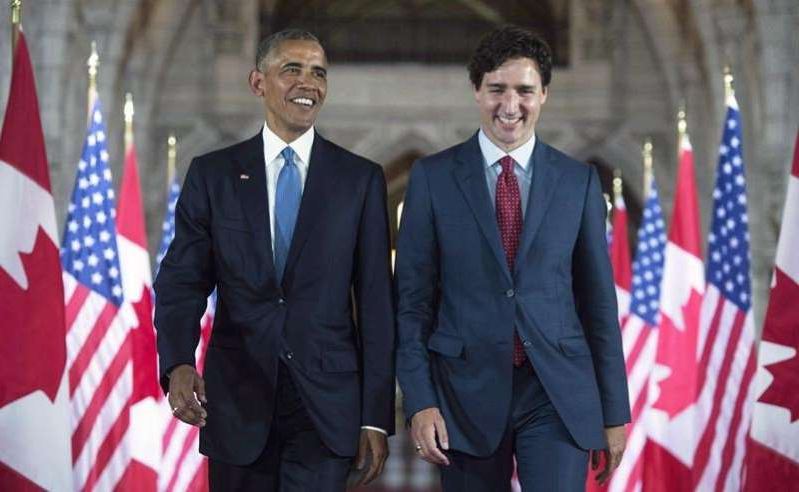 Justin Trudeau, Barack Obama are posing for a picture