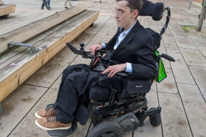 'These are my legs': B.C. man says WestJet dragging its feet to repair wheelchair