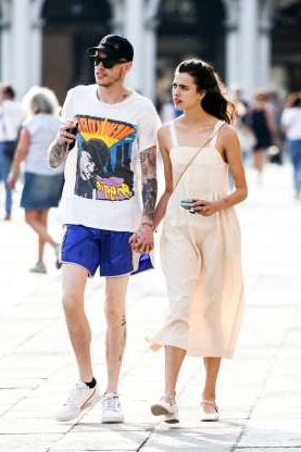 Slide 29 of 117: In late August, Us Weekly reported that comedian Pete Davidson was dating Andie MacDowell's daughter,