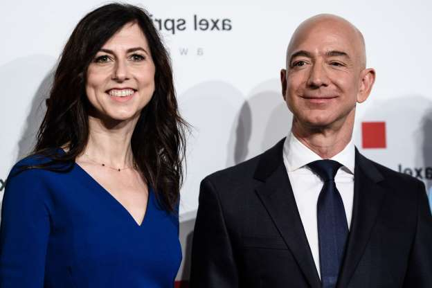 Slide 87 of 117: On Jan. 9. Amazon CEO Jeff Bezos took to Twitter to announce that he and his wife of 25 years, MacKenzie, had split.