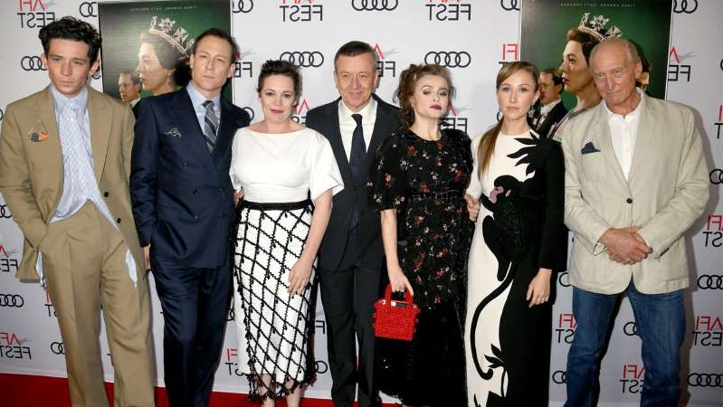 Charles Dance, Helena Carter, Peter Morgan, Olivia Colman, Tobias Menzies, Josh O'Connor posing for a photo